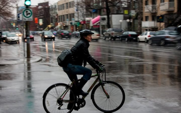 10 Tips for Pedaling on Rainy Days
