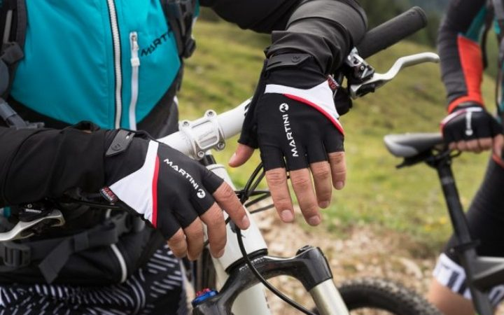 Best Cycling Gloves – A Basic Guide