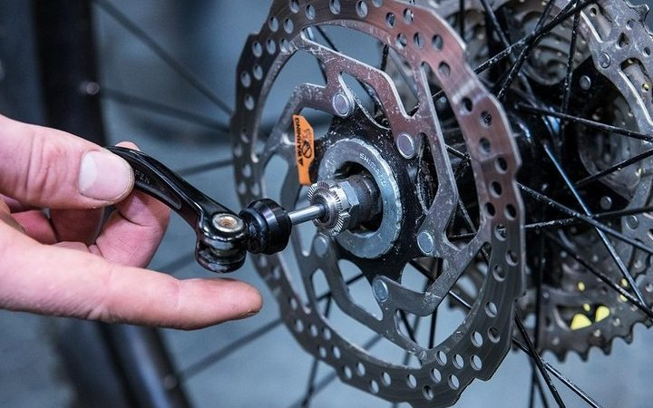How To Identify Your Bike Wheel Axle