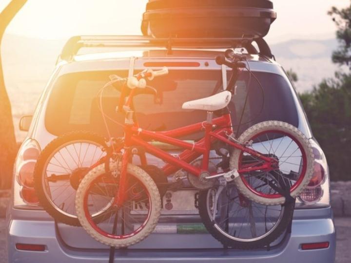 Best Bike Racks For Going on Family Vacations
