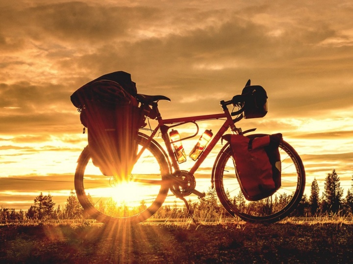 The Best Apps for Hiking, Cycling, Bikepacking